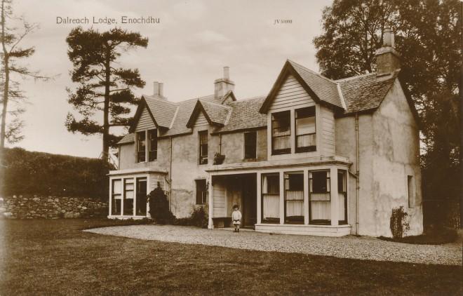 'Dalreoch Lodge, Enochdhu'.