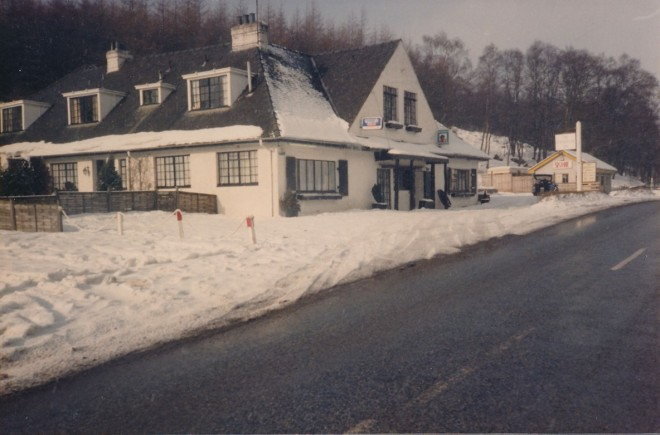 Exterior shot of the Inn during a cold winter. The winter months saw a roaring trade from 1985 - 1995.
