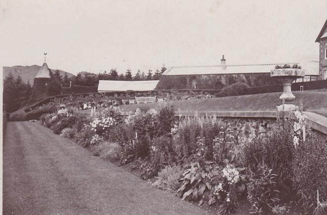 Persie House gardens