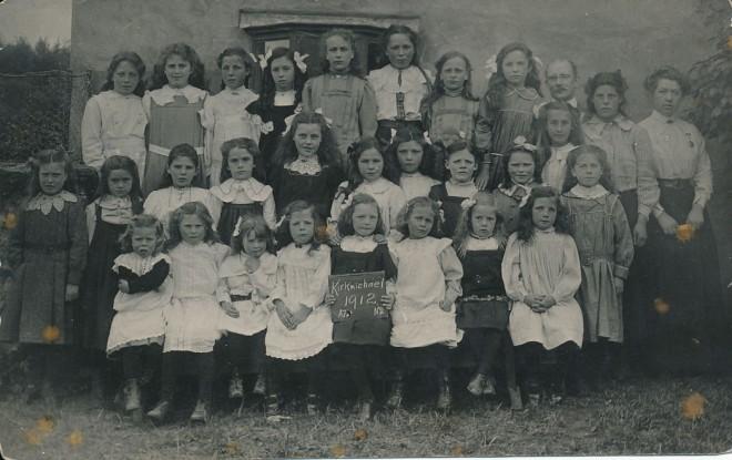 Kirkmichael Pupils1912