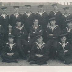 Peter Mitchell (2nd row, 2nd from left). Peter and Harry were both stationed on the same ship and were in the same battalion. Harry may be in this photo, but we can't be sure.