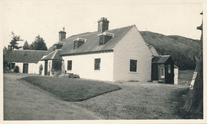 Slochnacraig showing post office (small wooden structure on the right of the main building).