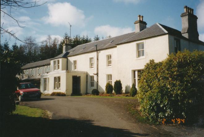 A more modern Dirnanean House