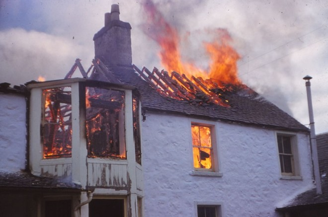 Spittal Hotel fire 1959 reaches the roof