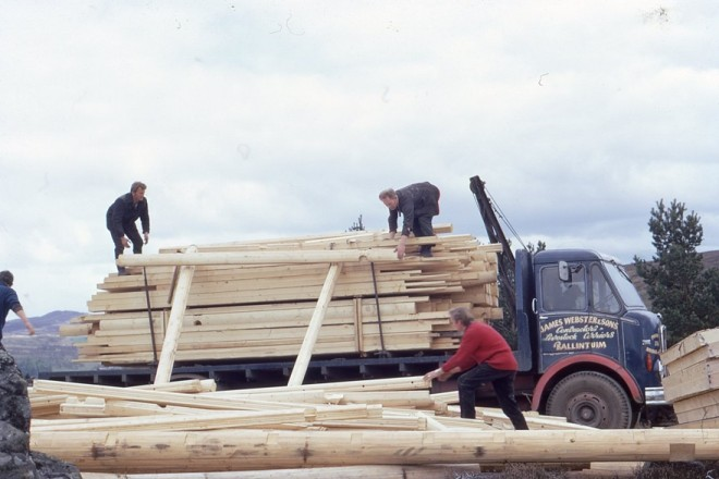 Unloading logs for a house in Glenderby 1968