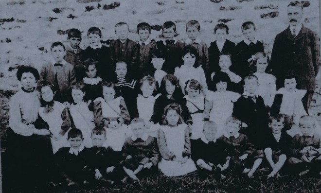 Pupils of Blackwater School 1910