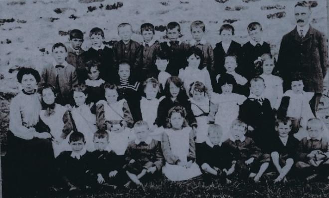 Pupils of Blackwater School 1910